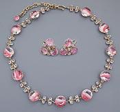 10398 Carnegie Art Glass Set