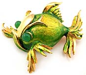 10526 Hattie Carnegie Fish Pin