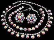 10527 1950s Rose Aurora Borealis Parure