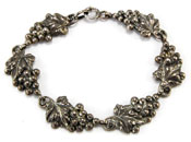 20024 Vintage Danecraft Grapes Bracelet